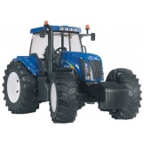 3020 Bruder Tractor New Holland TG285