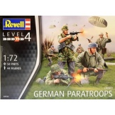 2532 Revell German Paratroops