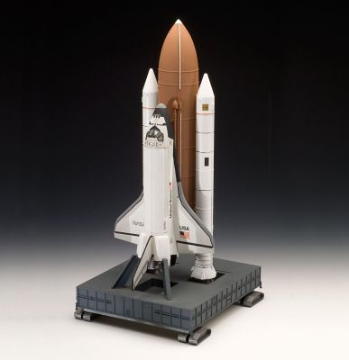space shuttle discovery revell - photo #3