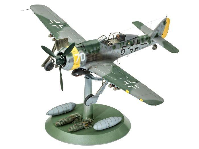 4869 Revell Focke Wulf FW190 F-8