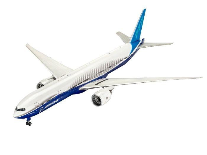 4945 Revell Boeing 777-300 ER