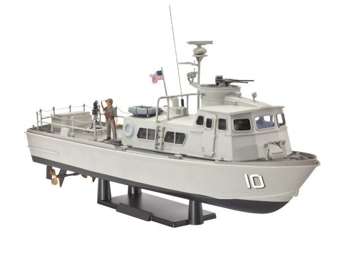 5122 Revell US Navy Swift Boat