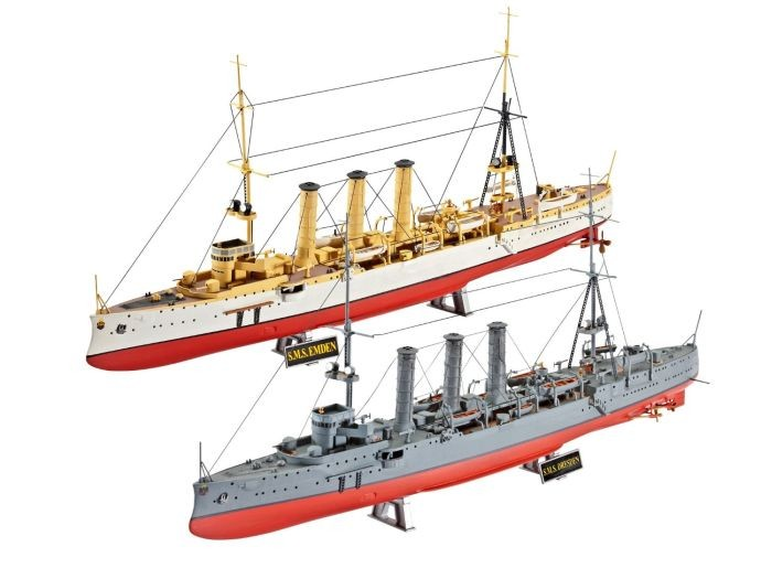 5500 Revell German WWI Cruisers SMS Dresden en Emden