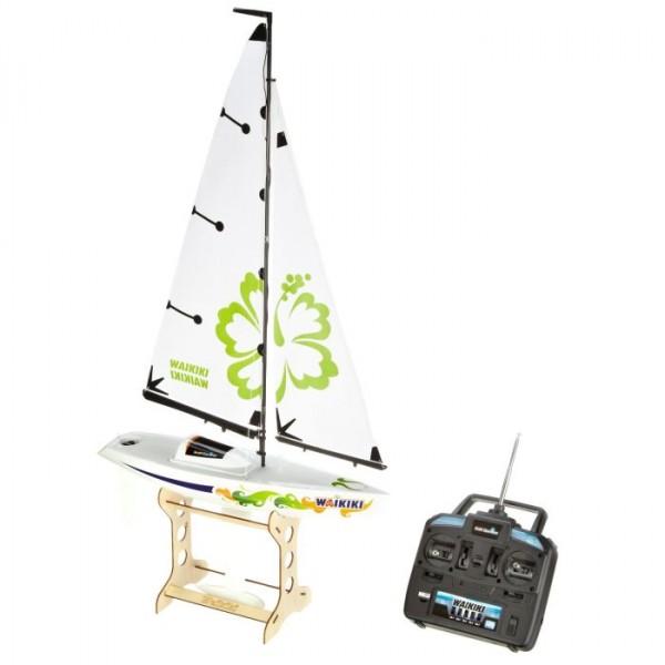 24116 Revell Zeilboot