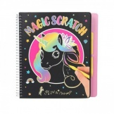 Ylvi & The Minimoomis Magic Scratch Boek